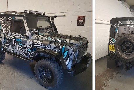 custon paint job graffiti landrover kid30